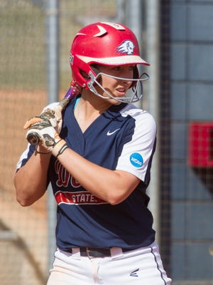 Dixie State softball defeats Holy Names 9-0 Saturday, March 4, 2017.
