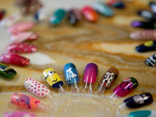 CWS Pure Glamor Nails 03.JPG