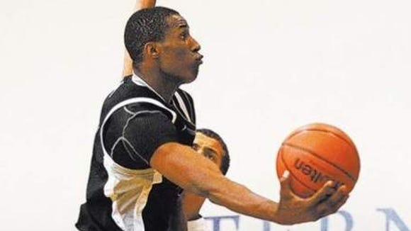 Findlay Prep power forward Horace Spencer committed to Auburn on Sunday.