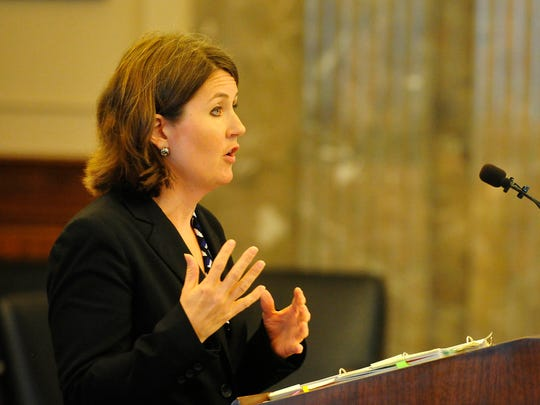 Assistant Attorney General Leslie Price speaks to the Court of Criminal Appeals about the Lindsey Lowe case Tuesday, Aug. 11, 2015, at the Tennessee Supreme Court chambers in downtown Nashville. Price said Lowe's convictions should stand.