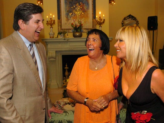 Keely Smith (center) shares a laugh with former McCallum