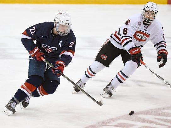 USA Under-18 National Team's Kieffer Bellows (22) passes