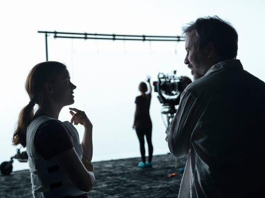 Amy Adams and director Denis Villeneuve on the set of 'Arrival.'