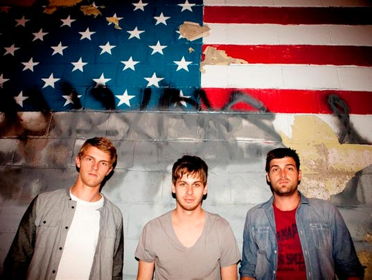 -Foster The People Main 2 Andy Barron.jpg_20130621.jpg