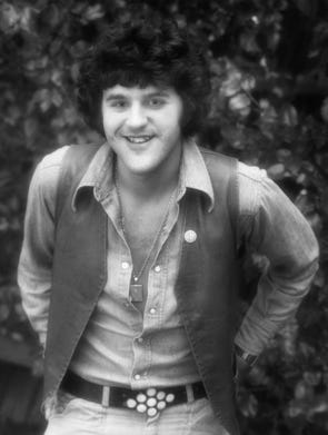 Comedian  Jay Leno poses for his first professional photo session on July 12, 1975, in Los Angeles.