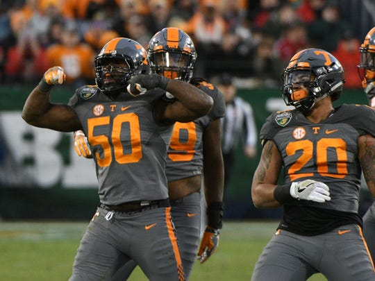Former Tennessee defensive lineman Corey Vereen (50) has signed with Alliance Memphis, according to his agent.