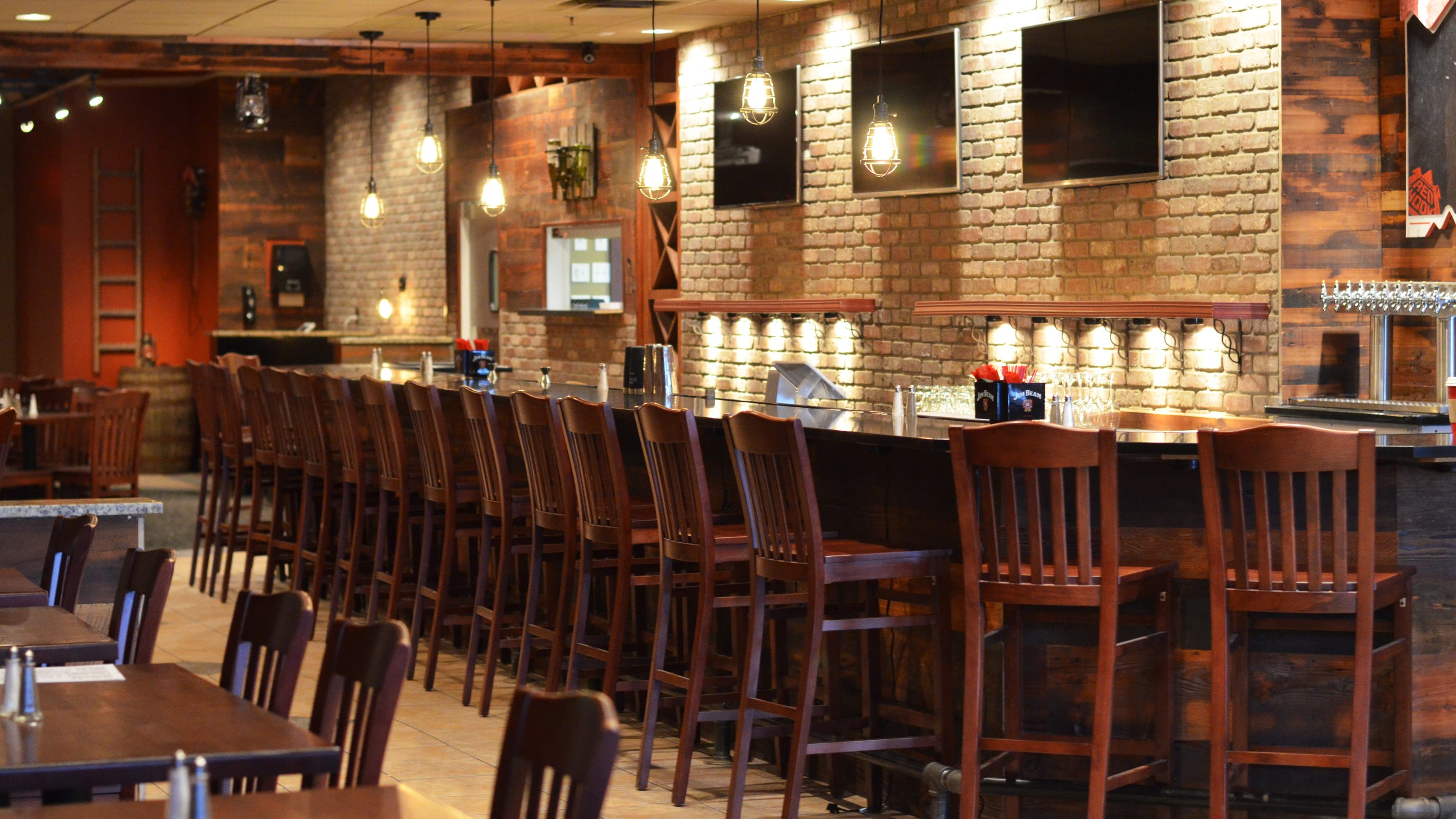 Brick House Bar Grill opens in Sharonville