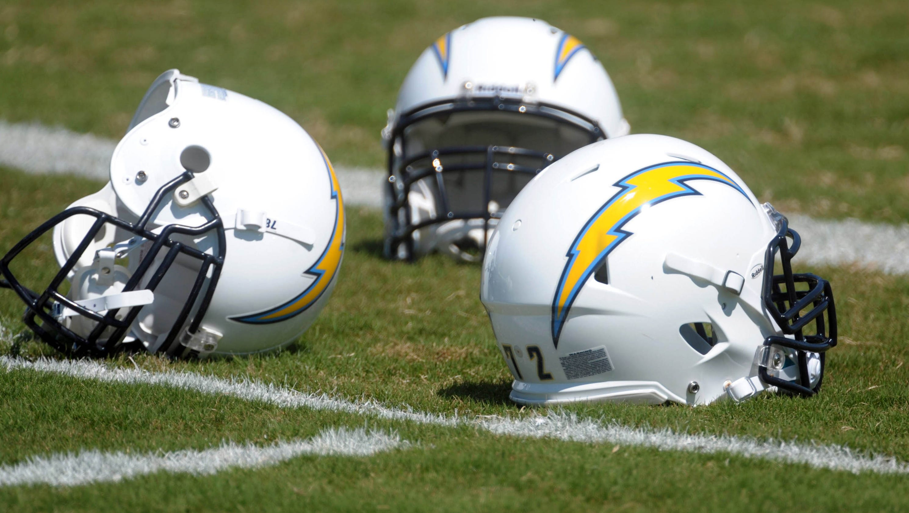 Bell Chargers Dean Spanos Caught Between San Diego S