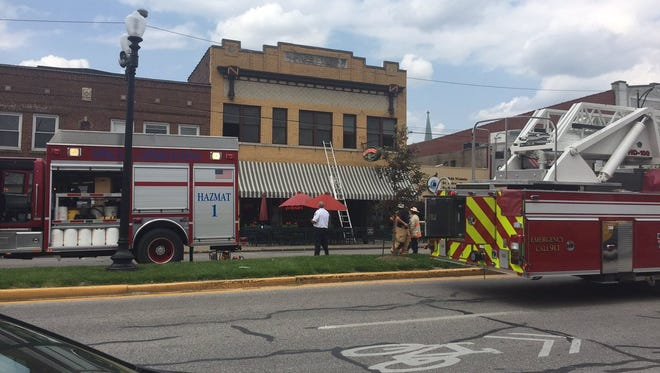 Crews respond to a reported fire at Sportsman's Grille and Billiards on West Franklin Street.