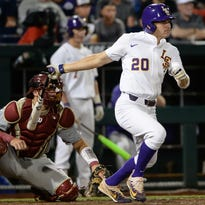 LSU offense comes alive and comes back for 12 hits and 14-6 victory over UNO