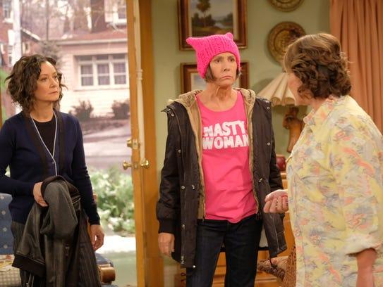 Sara Gilbert, Laurie Metcalf and Roseanne Barr reunite