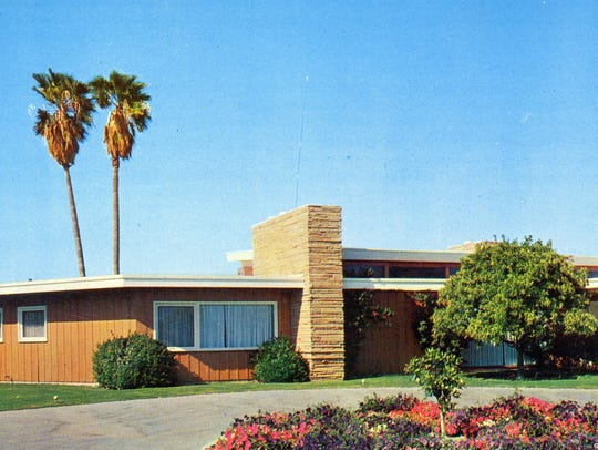 Frank Sinatra's house in Palm Springs designed by E.