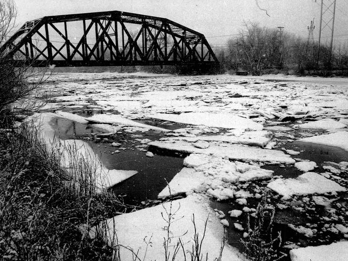 Ice jam on the Genesee River at Ballentine Bridge just