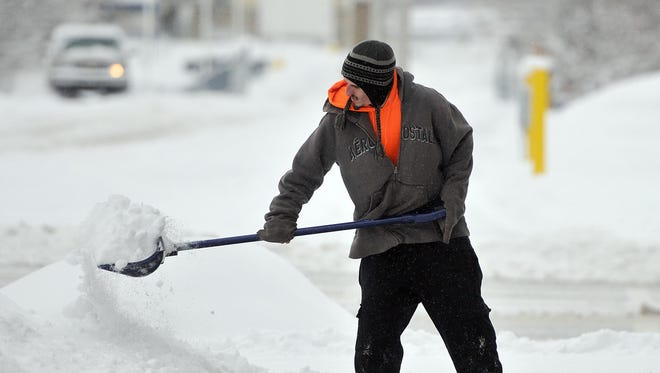 A winter weather advisory is in effect until 6 p.m. with 3 to 5 inches of snow possible.