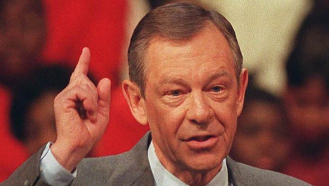 Ohio Gov. George Voinovich in 1997. He died over the weekend.