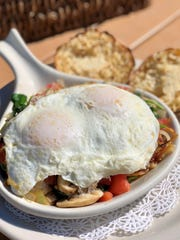 A veggie skillet with an English muffin at NeNe's Kitchen.