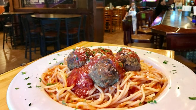 Mona Lisa in Fort Myers now boasts a new look and tweaked menu.