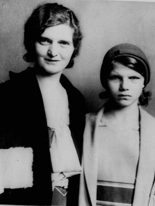 Nan Britton, Elizabeth Ann Britton