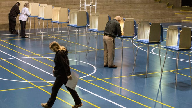 With 2,700 voters registered to cast ballots in the gym at Tom Sawyer Park on Election Day, 55 took part between 6-7 a.m. on Tuesday morning. 11/03/15