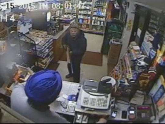 Police are seeking a suspect in a Hyde Park gas station robbery.