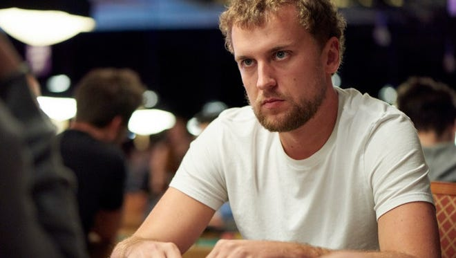 Ryan Riess fell in the Round of 32 in the Heads-Up Championship.