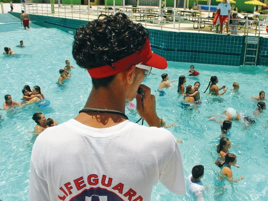 A life guard certification class will be held on Saturday and Sunday at the Ruidoso municipal swimming pool located at 515 Sudderth Drive.