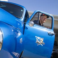 Scottsdale World War II veteran drives nostalgic B-24-styled truck
