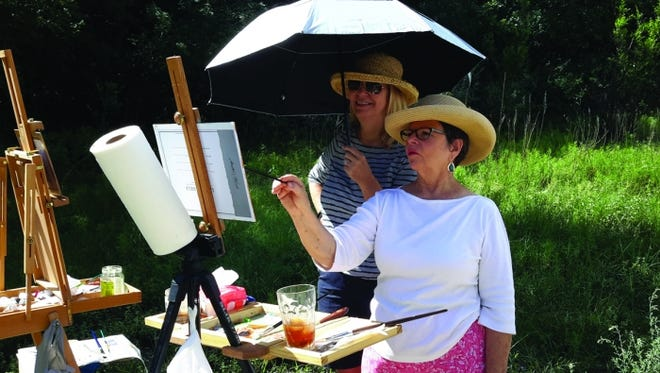 Wimberley artist, Lilli Pell, with student, Susan Henrichson in Ruidoso.