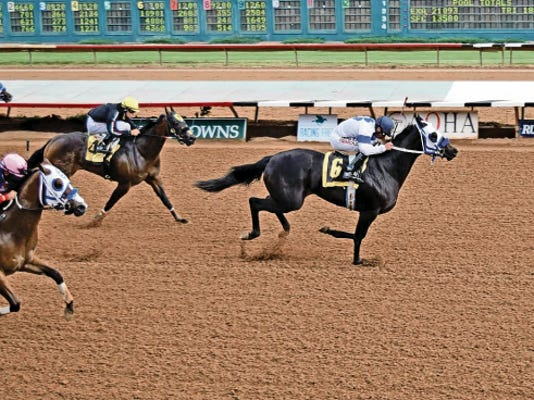 "Calling it the ""honor of a lifetime,"" First Valiant Sign's co-owner Derrol Hubbard has given half of part-ownership of probable Grade 1, 3 million All American Futurity favorite First Valiant Sign to his father R.D. Hubbard, owner of Ruidoso Downs."
