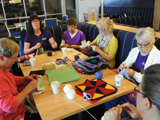 Knit-a thon-for-Alzheimers 2