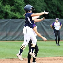 Hartland's remarkable softball run ends with loss to Caledonia in state championship game