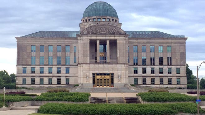 The Iowa Judicial Branch building, which houses the Iowa Supreme Court.
