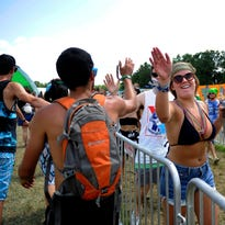 Weeks before Bonnaroo, festival announces clear backpack rule citing 'fan safety'