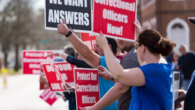 A rally in support of Delaware's correctional officers is held Saturday on The Green in downtown Dover.