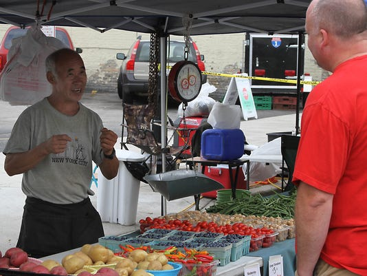 OSH Farmer's Market  083014 002