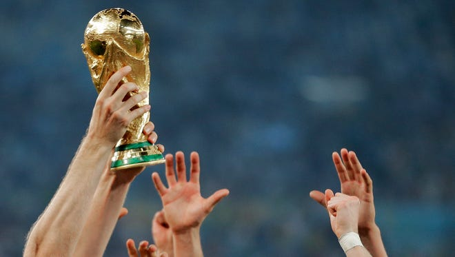 The United States figures to bid to host the 2026 World Cup.