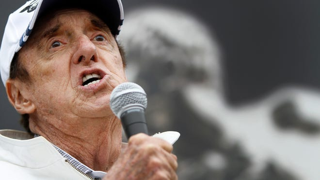 """Jim Nabors, shown singing """"Back Home Again in Indiana"""" at the 2013 Indianapolis 500, has announced that the 2014 race will be his last to sing the song."""