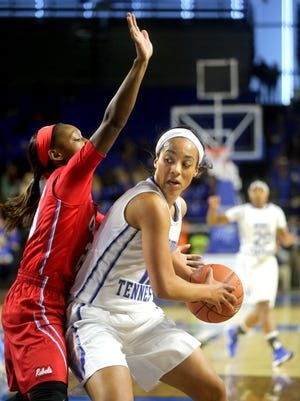 MTSU's Brea Edwards (12), pictured in this DNJ file photo, lit it up from deep against Rice on Saturday.