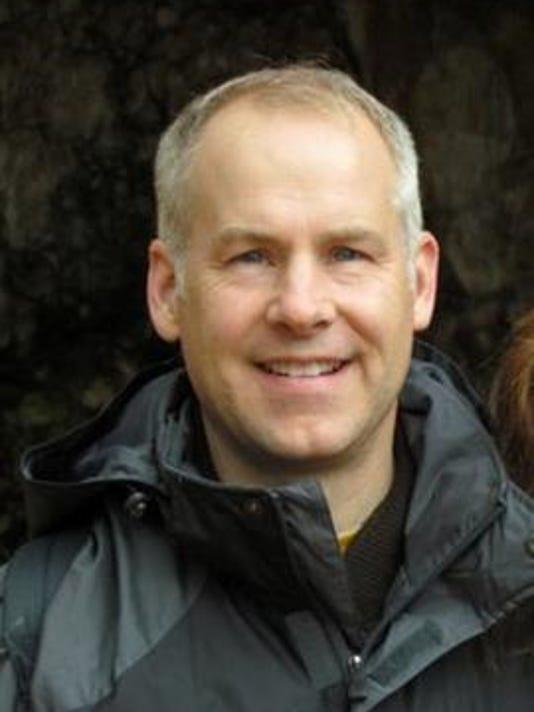 Kevin Shaw, Lansing State Journal running columnist