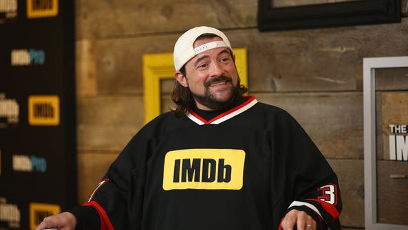 Early Monday morning, Kevin Smith tweeted that he suffered