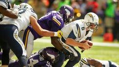 Minnesota Vikings defensive end Justin Trattou (94)