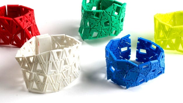 Classes on Dec. 28 and 29 will teach students how to use TinkerCAD to design and print a 3-D linked bracelet in the Fond du Lac Public Library's Idea Studio. Registration is required and begins at 9:30 a.m. on Thursday, Dec. 14.