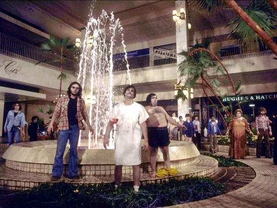 """The undead take over a shopping center in """"Dawn of"""