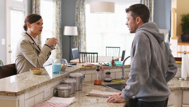"""Juliette Lewis and Ryan Phillippe  in a scene from the two-hour premiere of the ABC television series """"Secrets and Lies,"""""""