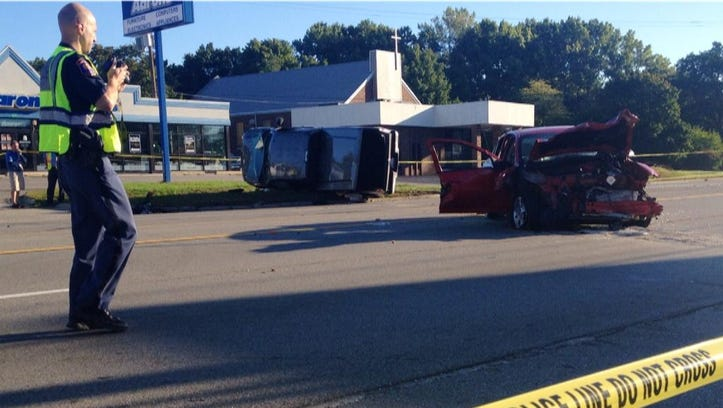 28th Street was closed from Eastern to Kalamazoo Ave. in Grand Rapids for a three-vehicle crash Tuesday morning. (Sept. 23, 2014)