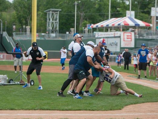 2nd Annual Celebrity/Sorta Celebrity Softball Game - WAFB