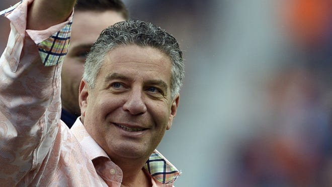 Auburn basketball coach Bruce Pearl will open tenure on the Plains against his former team, Wisconsin-Milwaukee.