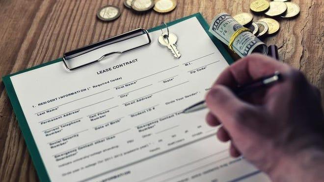 contract lease key money pen