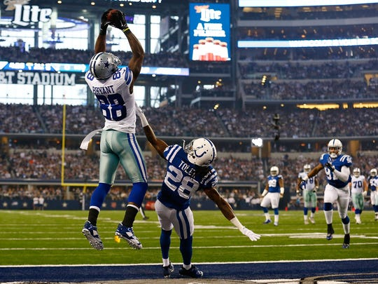 Dez Bryant catches a touchdown pass against the Colts.