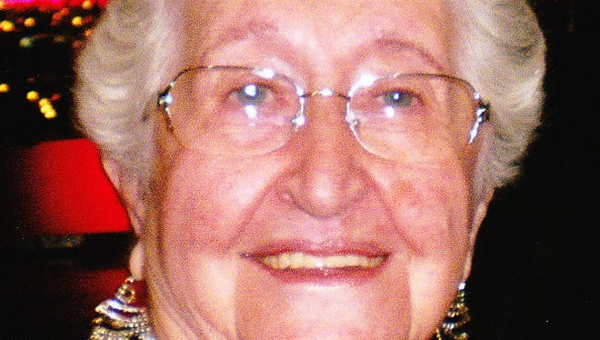 Mary H. Stull, 80, of Fort Collins passed away July 15, 2014.  Mary was born January 1, 1934 in Milan, Missouri.  She graduated from Milan High School and relocated to Fort Collins, Colorado in 1954.